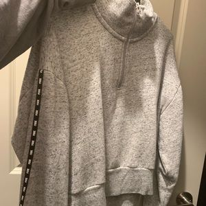 VS PINK cropped sweatshirt